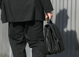 Many features within one briefcase, Bolvaint