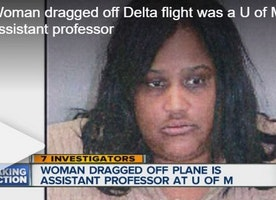 UMich professor dragged off plane by officers (VIDEO) - The College Fix