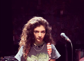 Listen to a 12-Year-Old Lorde Sing the Most Beautiful Cover of Kings of Leon's USE SOMEBODY