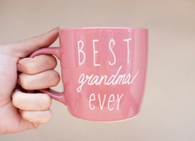10 Gift Ideas For GrandMa To Get The Award Of Best Grandkid
