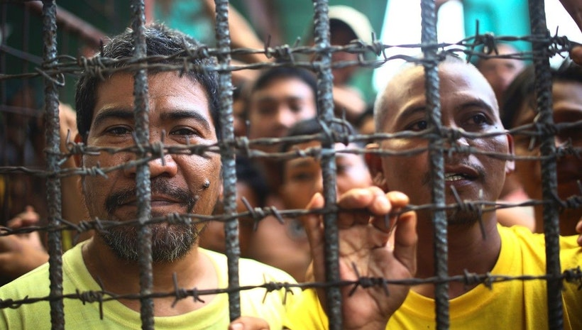 Suspected Muslim rebels storm Philippine jail, 158 inmates escape