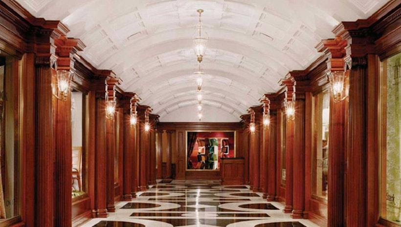 The decoration design building new york 39 s premier for Mogul interior designs