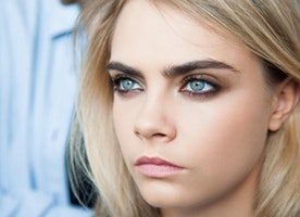 Treat Yourself This Holiday — Learn How to Sculpt Bold Brows