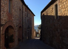Side street in Montefollonico.