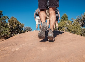 Guides to choose  hiking shoes