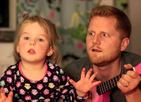 This Video of a Dad and Daughter Singing is going Viral