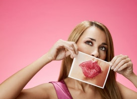 The Latest Trend  - Gifting Cosmetic Surgery For The Holidays