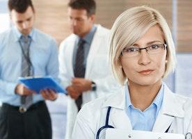Women Plastic Surgery Trainees Confront Higher Pregnancy Complications & Infertility