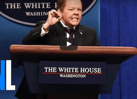 Melissa McCarthy Impersonates an Angry Sean Spicer On SNL Once Again