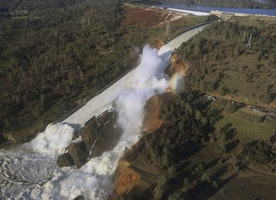 Emergency Evacuations Ordered, Oroville Dam Spillway Near Failure