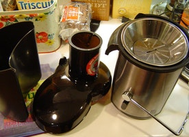 How to clean and properly maintain your juicer? - Kitchen Tool Expert