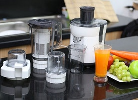 How to Use a Juicer Properly? - Kitchen Tool Expert