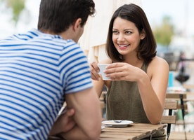 Should Men Always Be Responsible For Paying On The First Date?