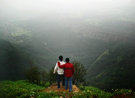 Bask in the Enthralling Beauty of Pune: Some Popular Things to do Visit Here