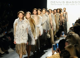 Dennis Basso Debuts New Winter 2017 Collection At #NYFW