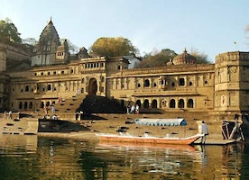 Take a walk through the historical city Bhopal