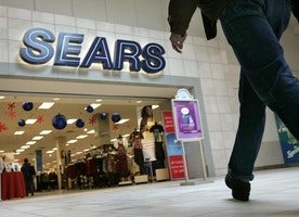 Sears cuts 130 corporate jobs, mostly at Hoffman Estates HQ