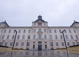 Teacher, 28, 'Gang Raped By 9 Iraqi Immigrants In Vienna Attack'