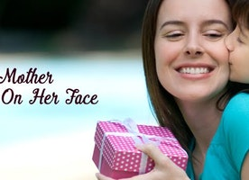 Gifts ideas for mothers to bring smile on her face