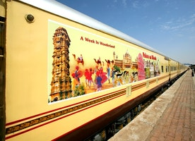 A Special Luxury Train that Visits Indian Deserts Places
