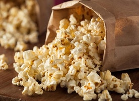 5 Best Popcorn Kernels For Homemade Popcorn Bags in 2017