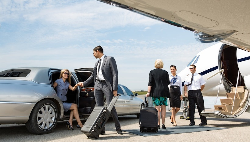 Add Comfort To Airport Travel with Airport Limo Services