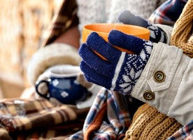 Tips to survive in ridiculously cold weather :/