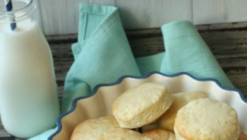 Perfect Buttermilk Biscuits with This Quick and Easy Recipe