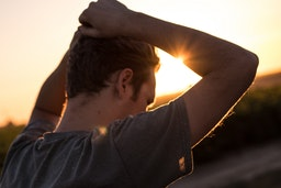 9 Bummer Signs He's Falling OUT Of Love With You
