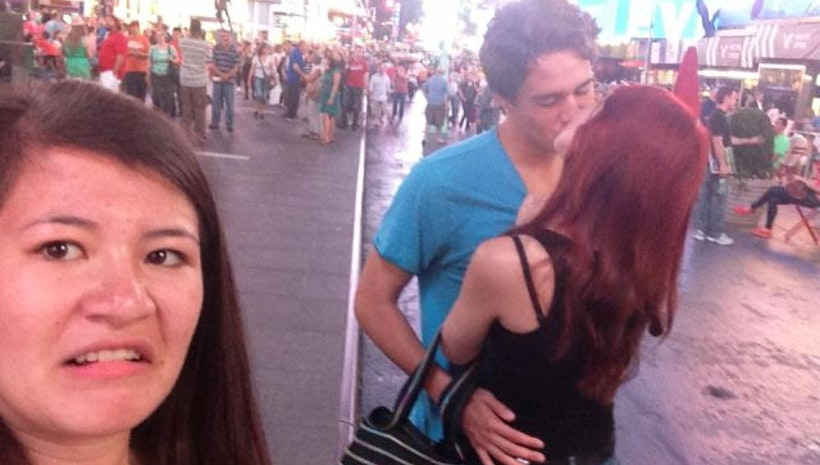 How To Successfully Third Wheel When All Your Friends Are In Relationships