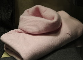 Easy Tips for Caring and Cleaning of Cashmere