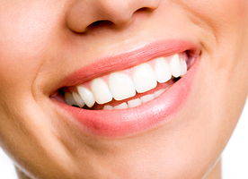 5 REASONS, WHY WE SHOULD TAKE GUM HEALTH SERIOUSLY