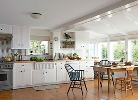 10 ways to ensure your kitchen re-model stays on budget