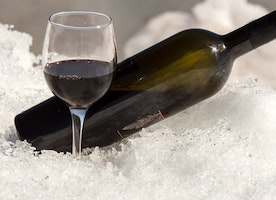 Super Cool Ways To Chill Wines And Serve Them At The Right Temperatures