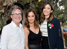 Minka Kelly & Mandy Moore Help Kick Off Equal Pay Day