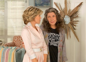 "Four Ways ""Grace and Frankie"" Give Us Hope"