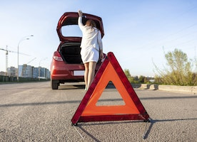 Safety 101: Top 7 Essential Things You Need To Have Inside Your Car