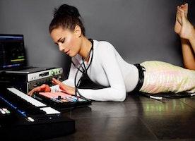 Music Mogul   MEET THE GIRL  Estelle Rubio