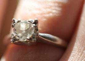 Why following 'trends' is a big mistake when it comes to Engagement Ring shopping...
