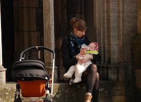 4 Things to Consider Before Buying a Stroller