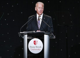Stony Brook University Gala Raises More Than $6.9 Million For Cancer Research & Scholarships