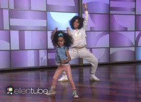 Adorable Mother-Daughter Break It Down To Beyoncé! Cutest Dance Duo Ever!