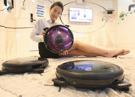 Evaluation of Robotic Vacuums and Modern Living