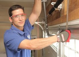 Tips For Garage Door Repair works