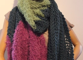 Knitting scarves by www.lintschi-strick.com