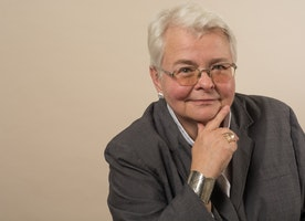 PLAYWRIGHT PAULA VOGEL TO RECEIVE OBIE AWARD FOR LIFETIME ACHIEVEMENT