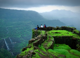 Planning a weekend getaway from Mumbai to Lonavala