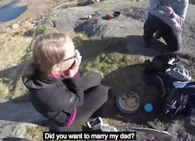 5-Year-Old Son Helps Dad Propose to Girlfriend. So sweet!
