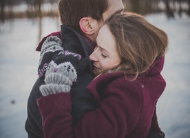 5 Health Benefits of Hugging