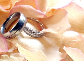 Which metal is best for your wedding band?